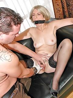 Huge strap on lesbians
